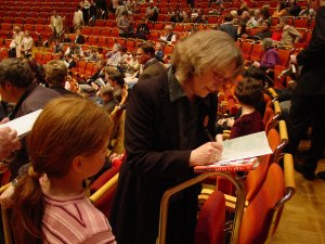 More autographs at the Cologne Philharmonie